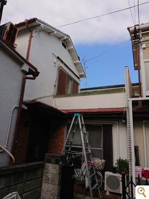 ベランダ手摺と屋根新設工事